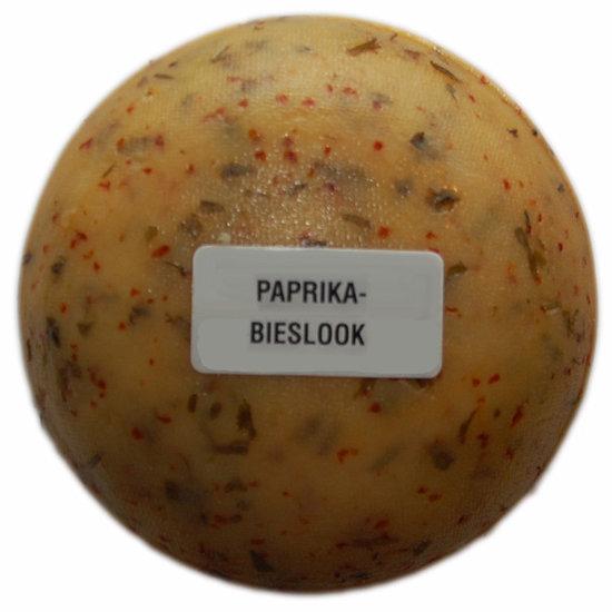 Klein kaasjes Paprika-Bieslook - boerenkaasje 400 gram - www.noordhollandseboerenkaas.nl