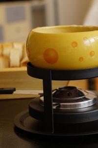 Wat is een Fondue rechaud - fondue onderstel - kaasfondueset - kaasfonduepan - www.NoordHollandseBoerenkaas.nl